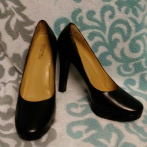 Michael Kors Leather Heels Size 7